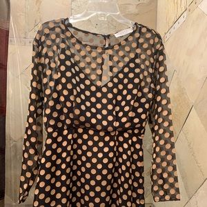 Beautiful Astr dress size small. Black with gold.